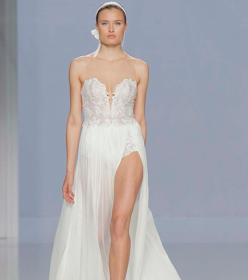 Свадебное платье 2018 с разрезом на юбке