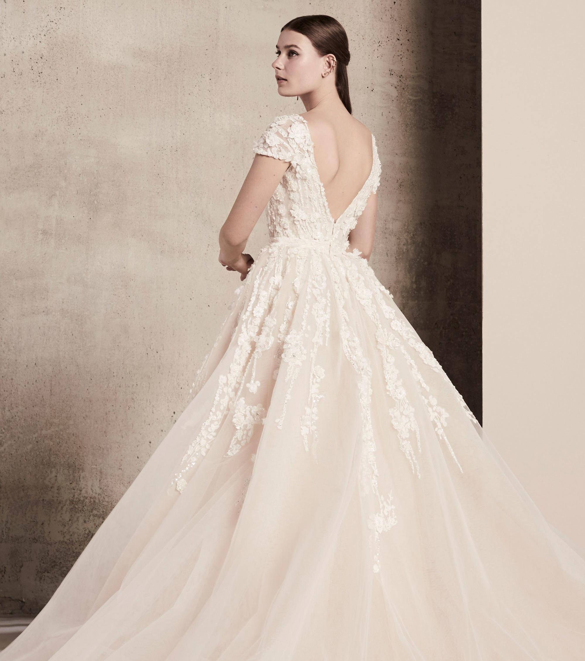 Свадебное платье 2018 с открытой спиной