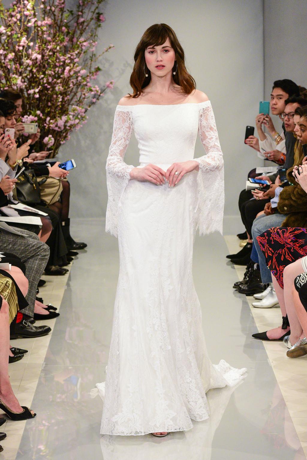 Свадебное платье 2018 со свободными рукавами