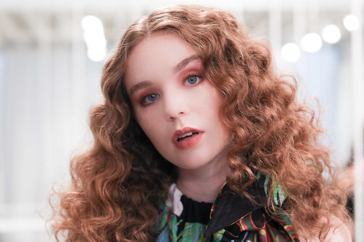 Окрашивание волос 2018 с красным подтоном