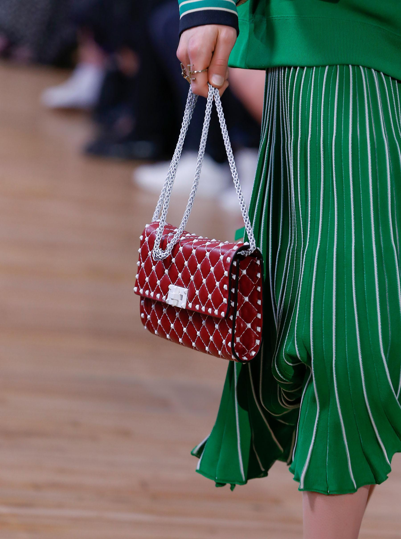 Бренды сумок Valentino красная
