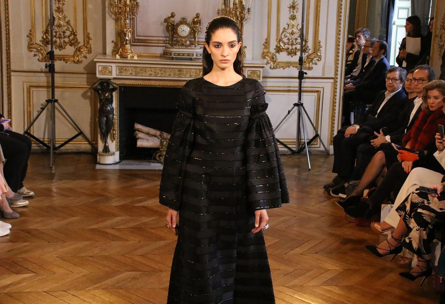 Платье оверсайз вечернее черное