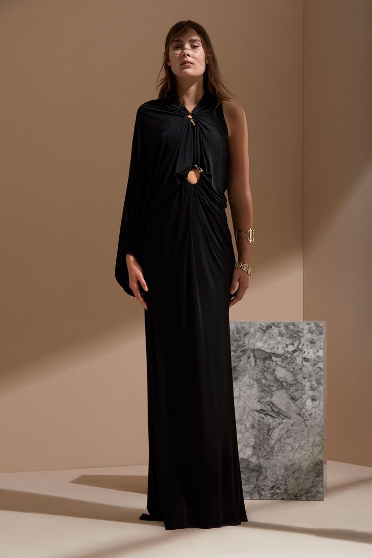 Шелковое платье в стиле ампир