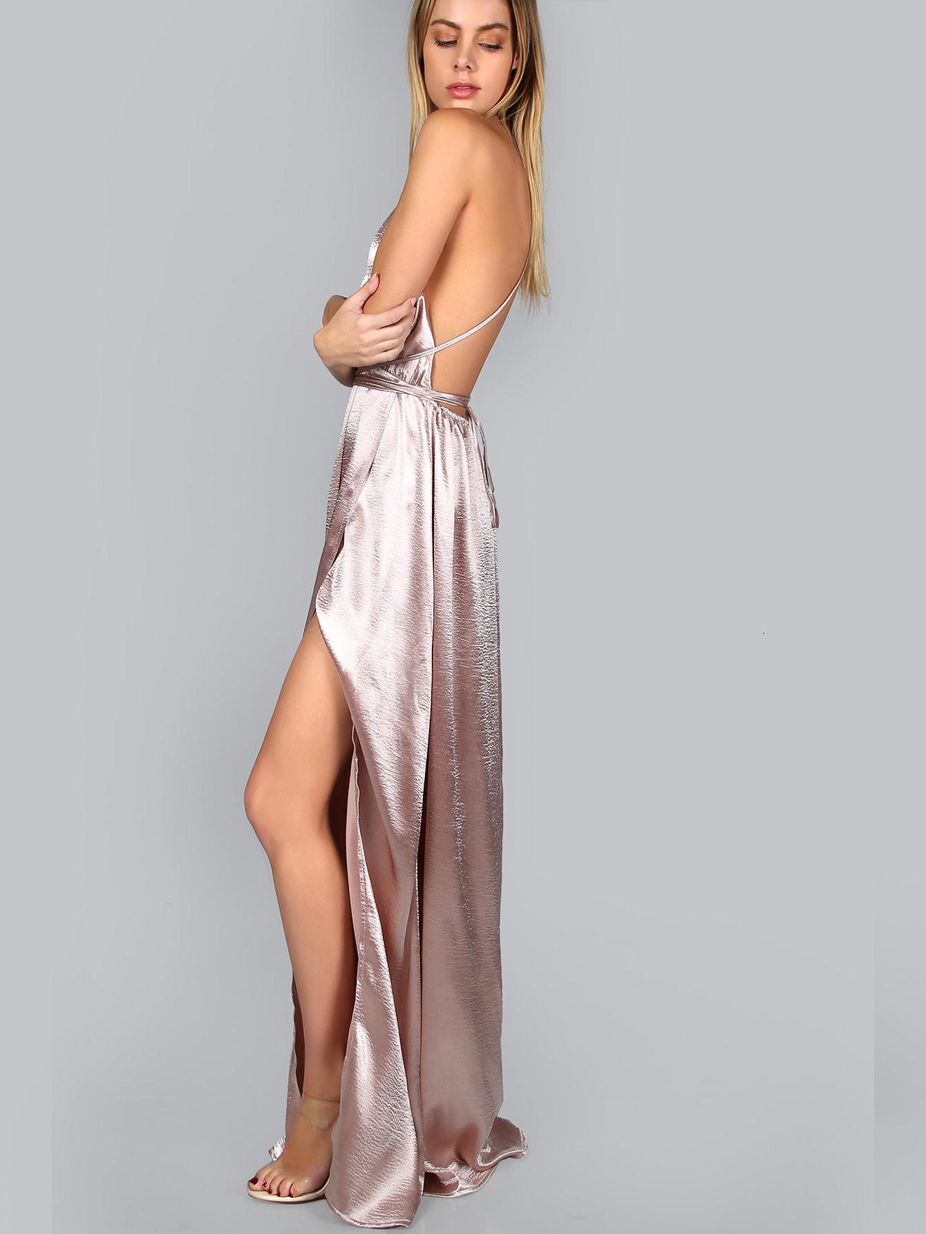 Платье с открытой спиной атласное