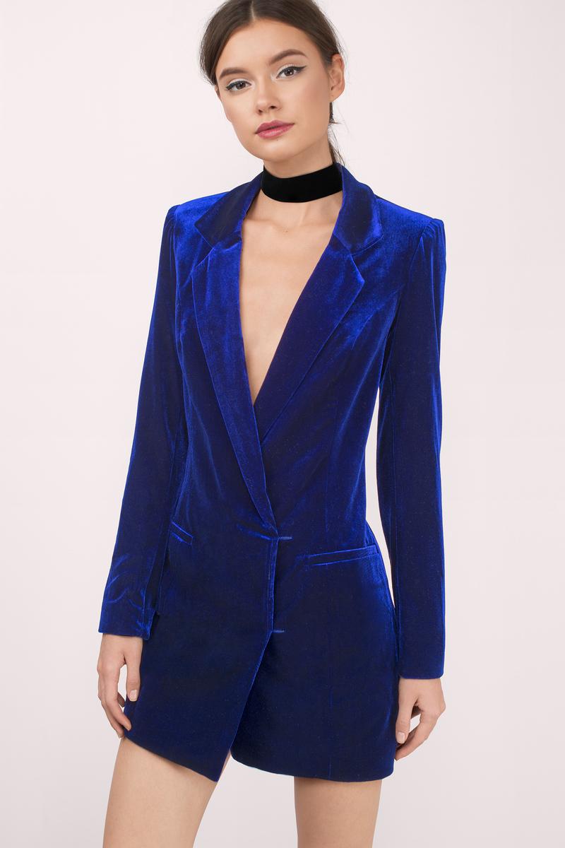 Платье пиджак бархатное