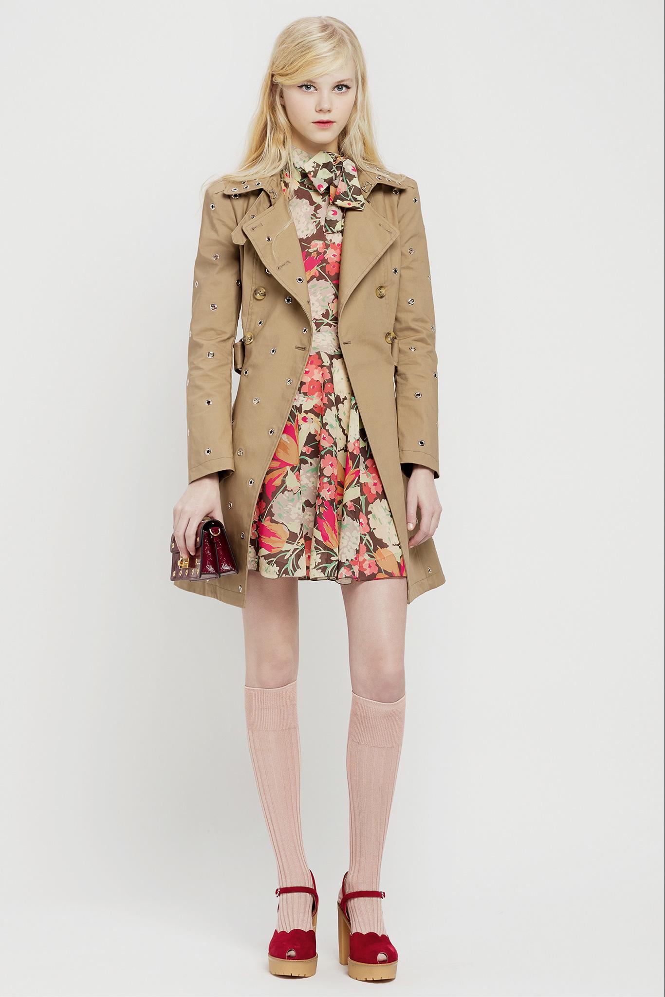 Платье пиджак бежевое