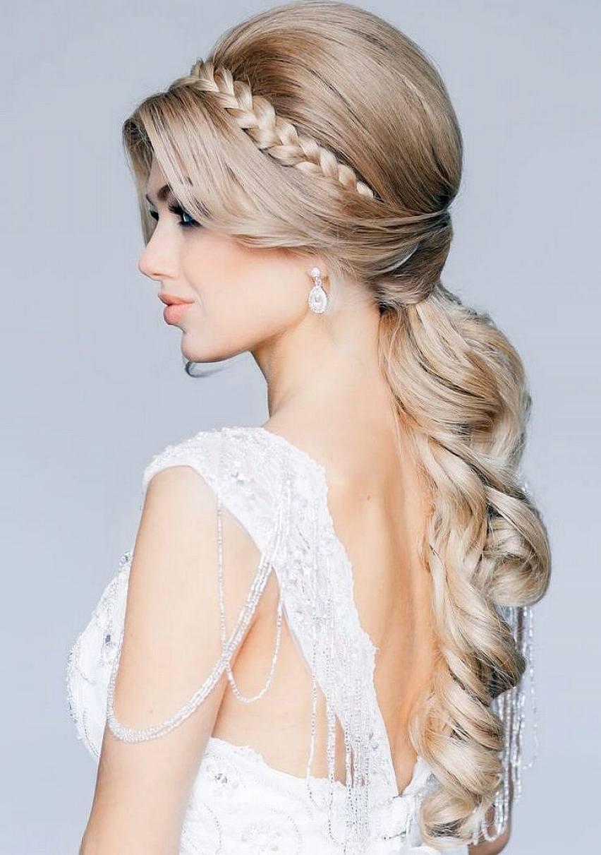 Свадебная прическа 2018 для блондинок