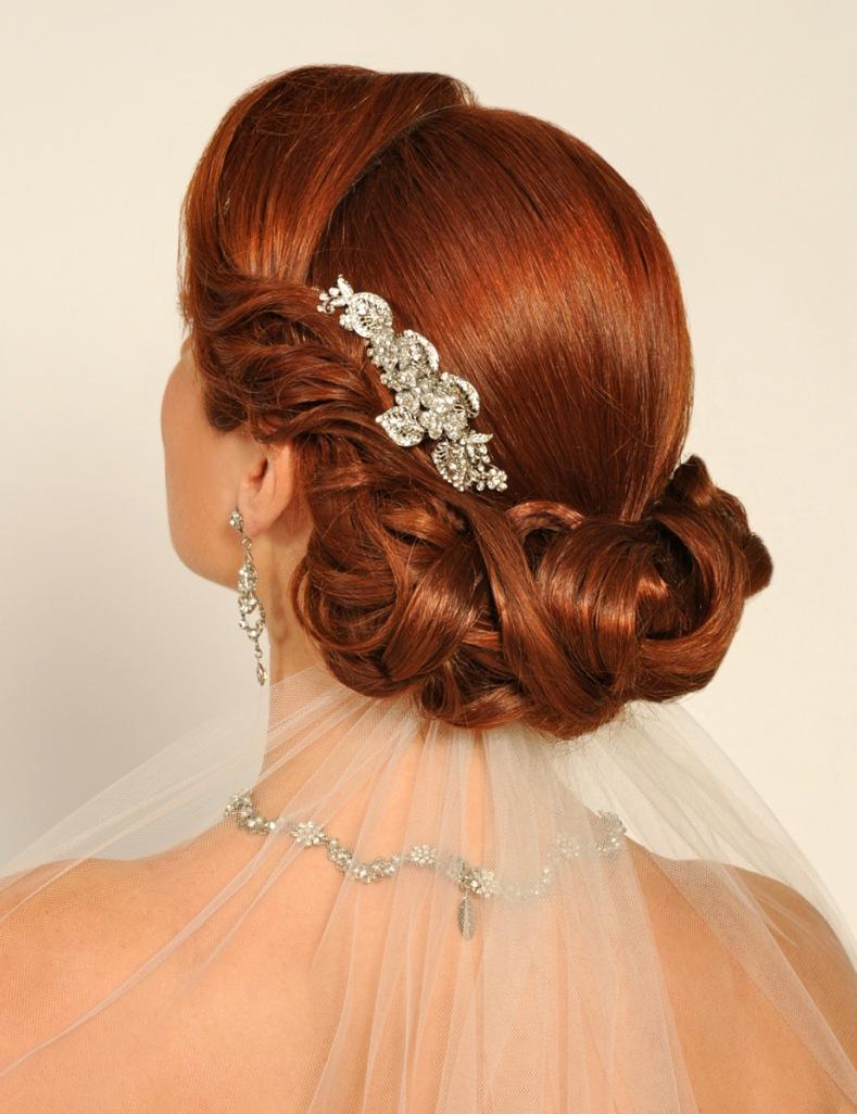 Свадебная прическа 2018 на длинные волосы рыжие