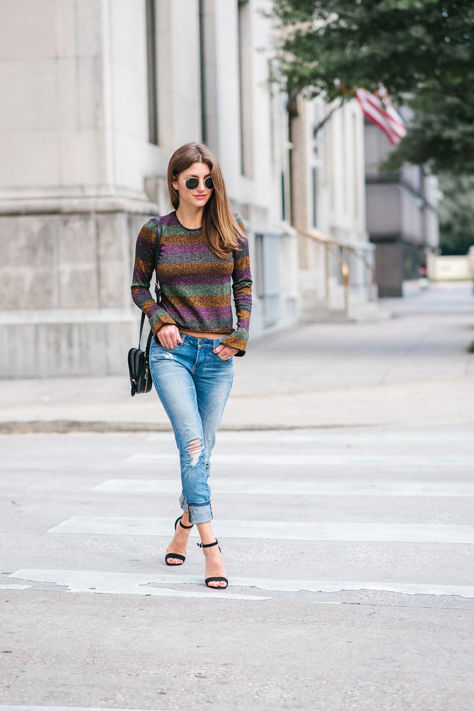 Лонгслив женский с джинсами