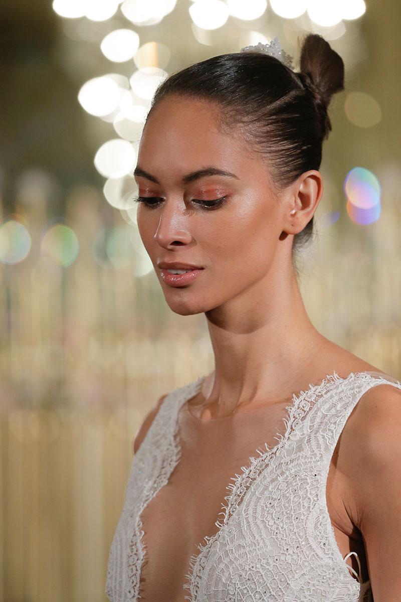 Свадебная прическа 2018 элегантная