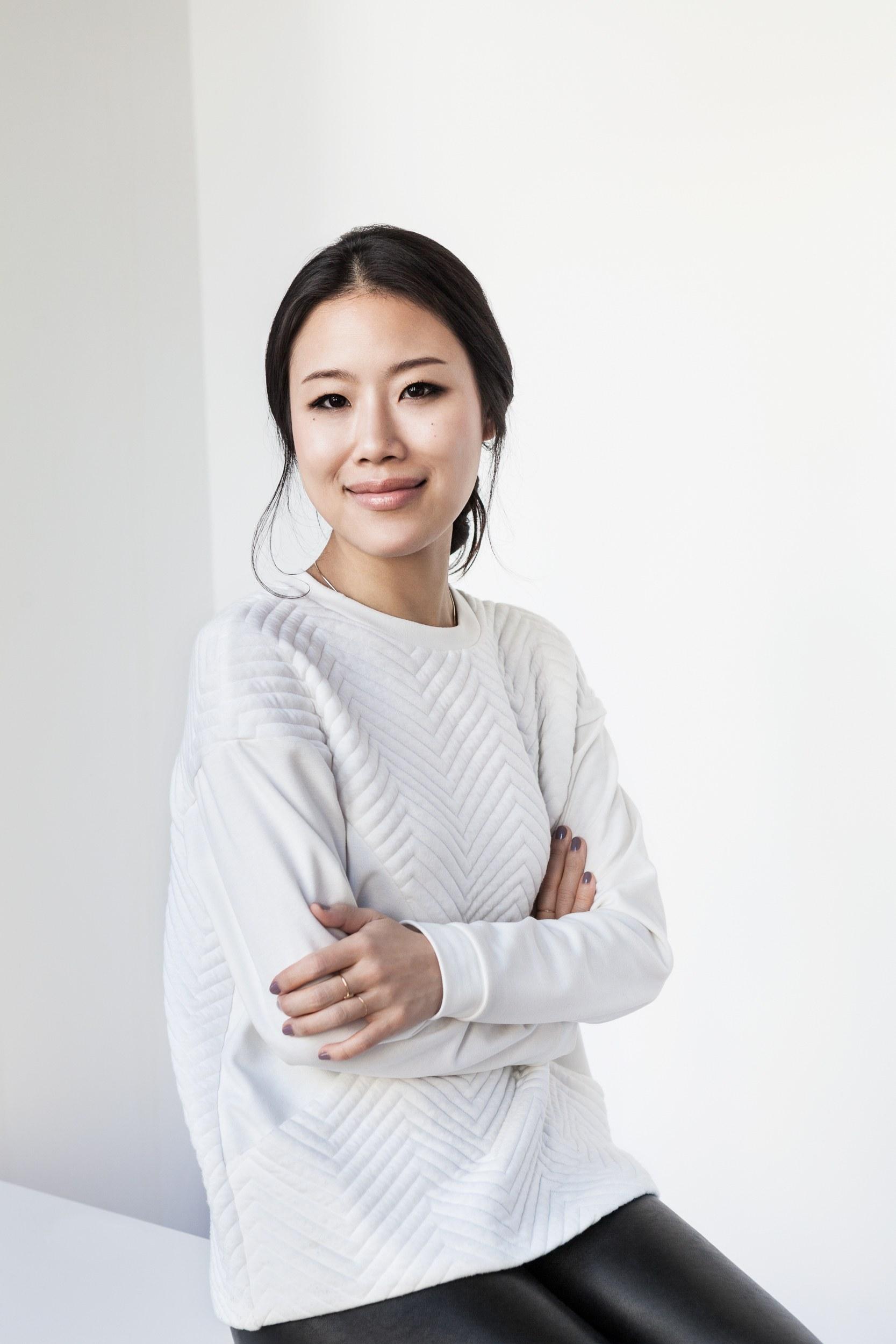 Корейский макияж графичный
