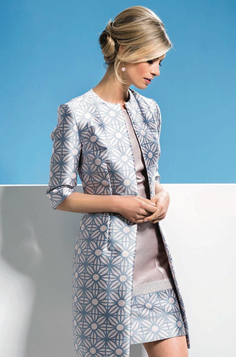Платье пиджак голубое