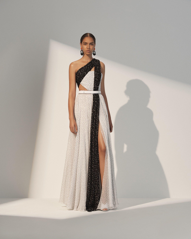 Платье с разрезом в горошек
