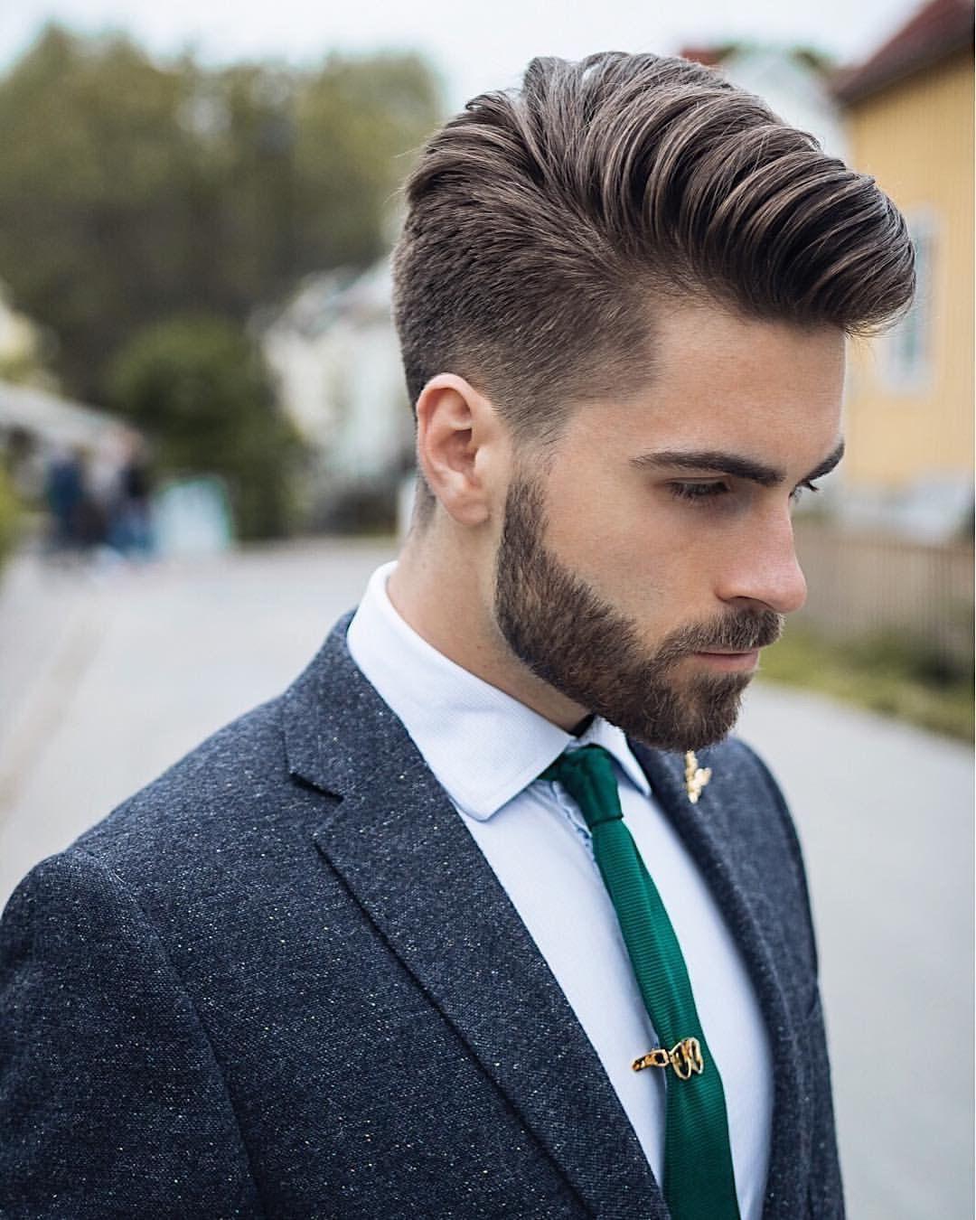 Мужская стрижка 2018 с косой челкой