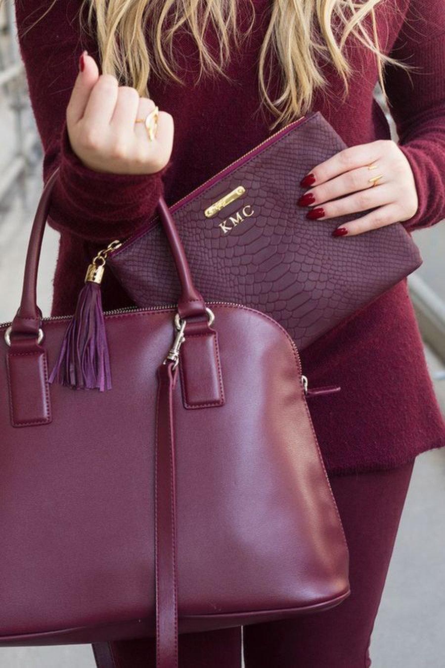 Бордовая сумка из кожи