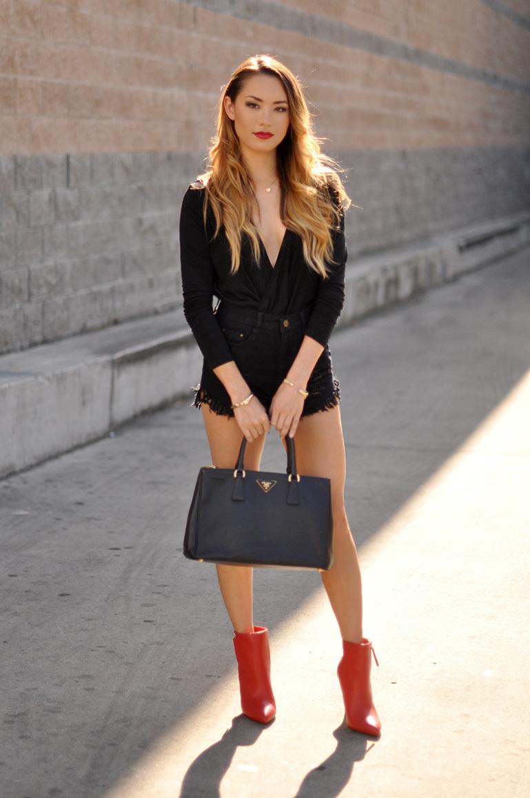 Красные ботинки кожаные