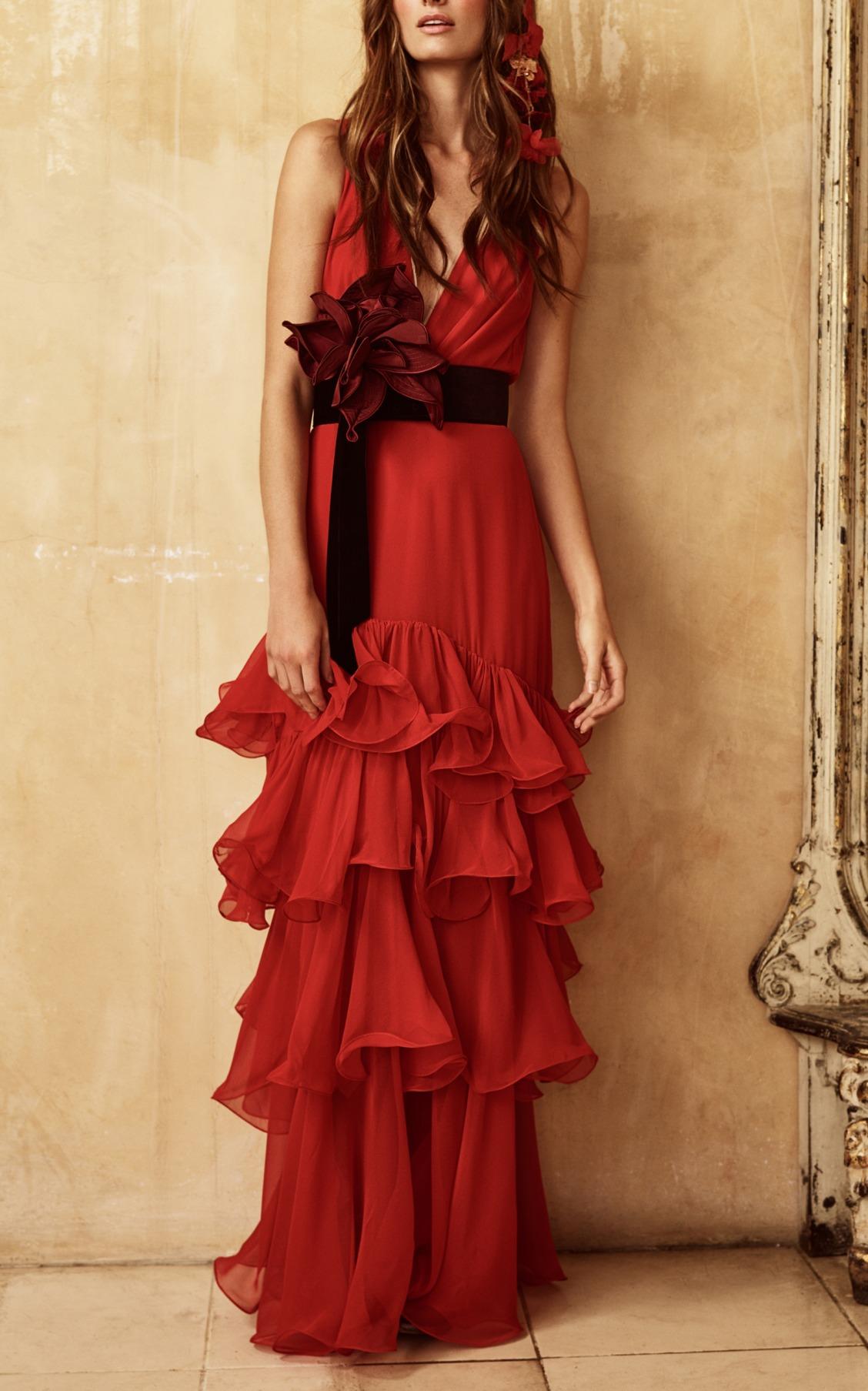 Платье из шифона красное