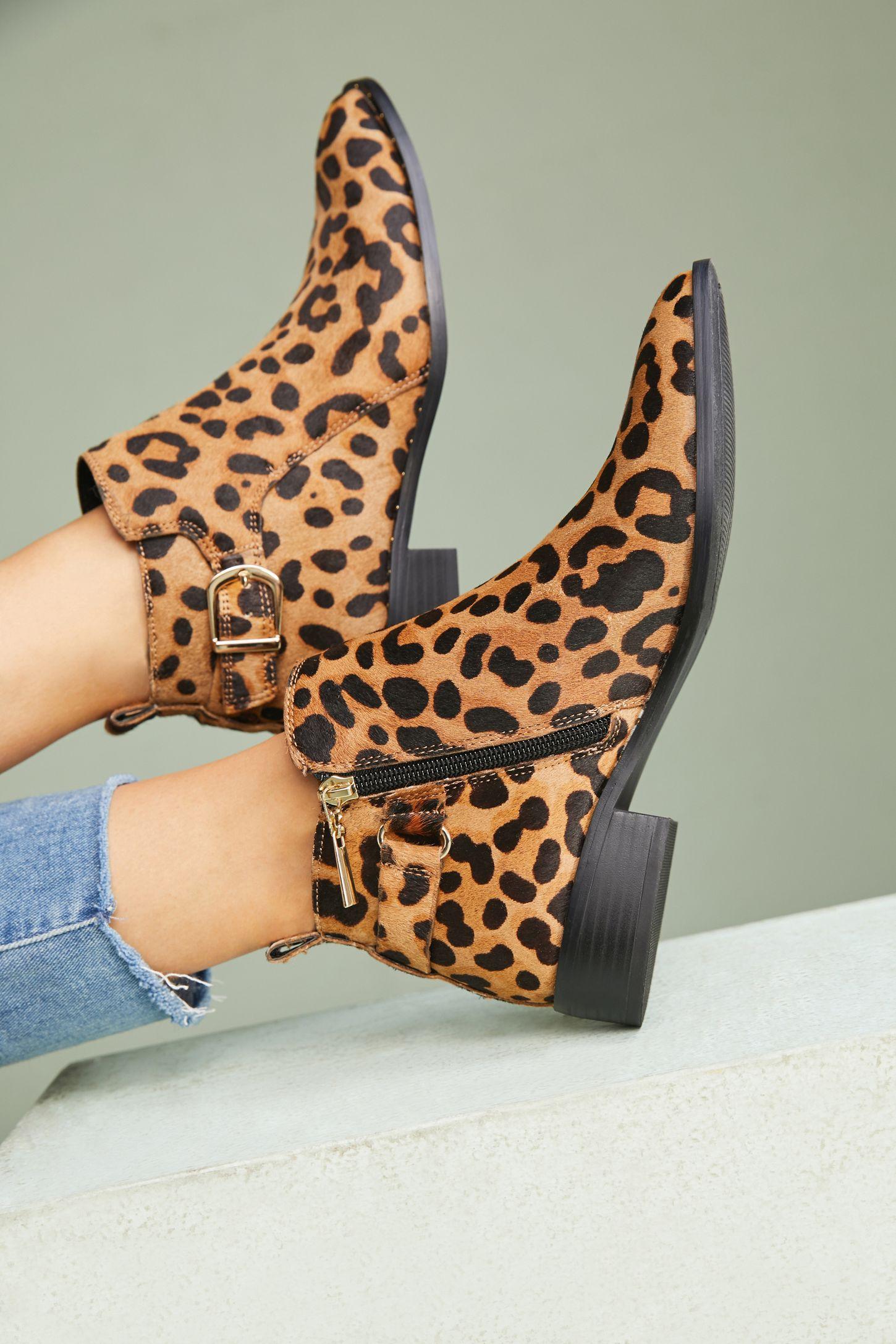 Коричневые ботинки леопардовые
