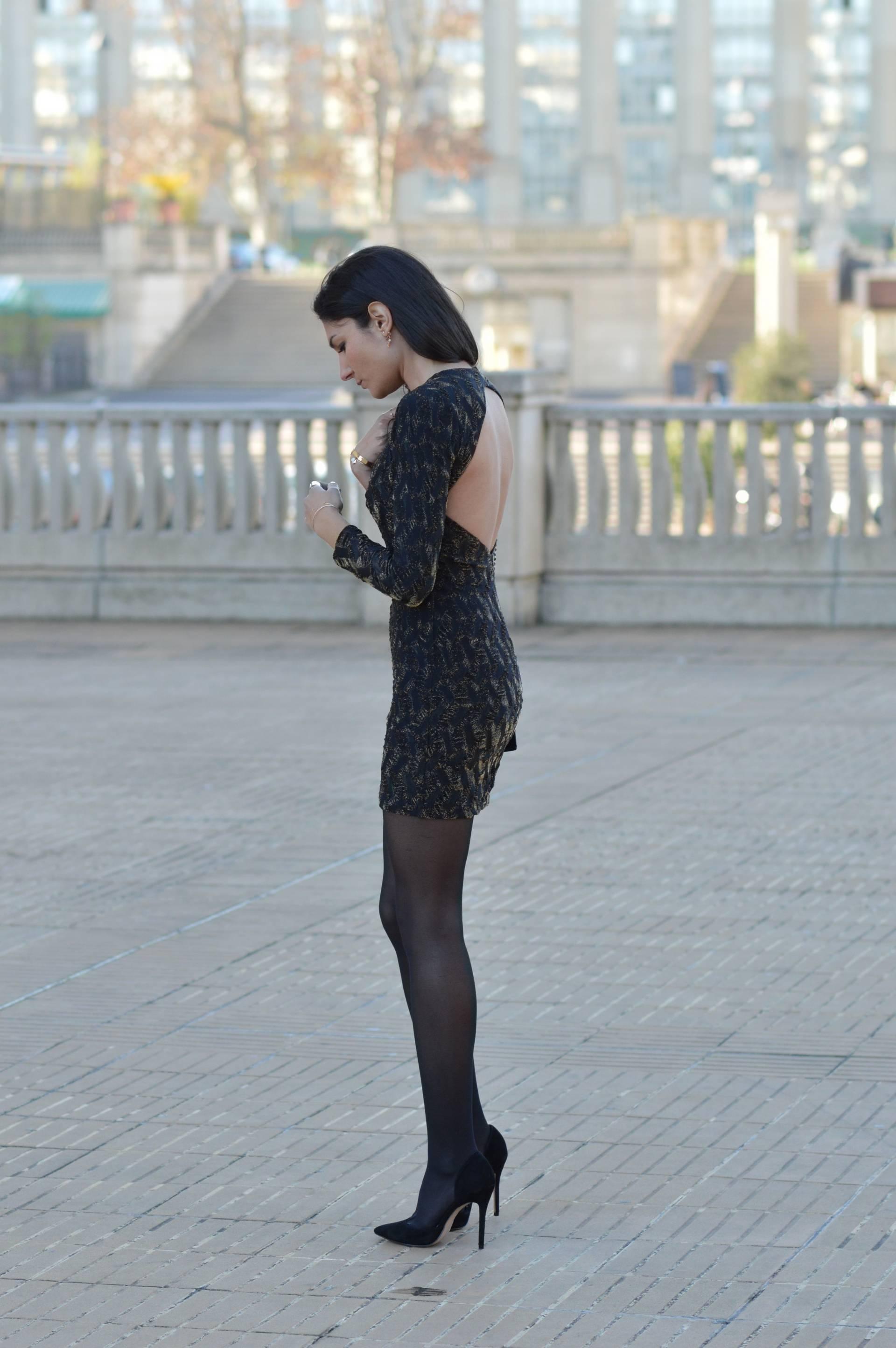 Платье с открытой спиной мини