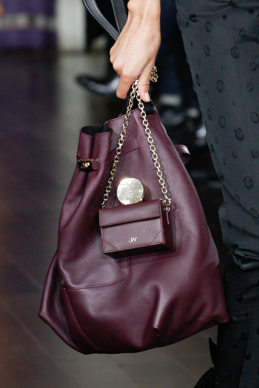 Бордовая сумка объемная