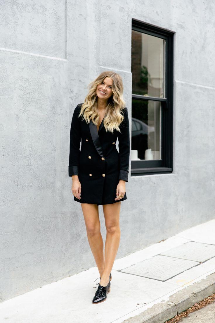 Платье пиджак с отворотами