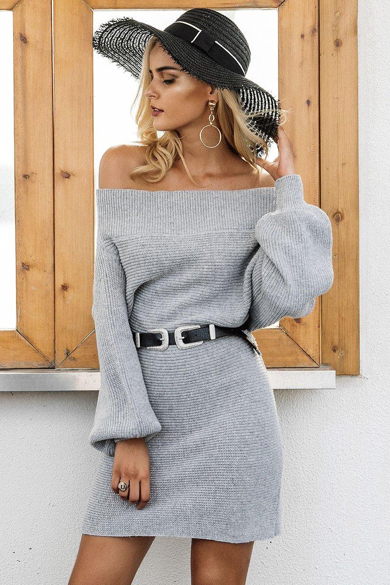 Платье вязаное с открытыми плечами