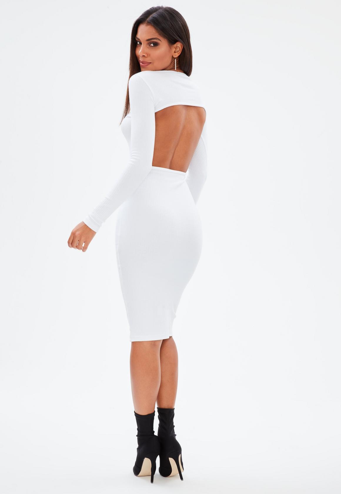 Платье с открытой спиной повседневное