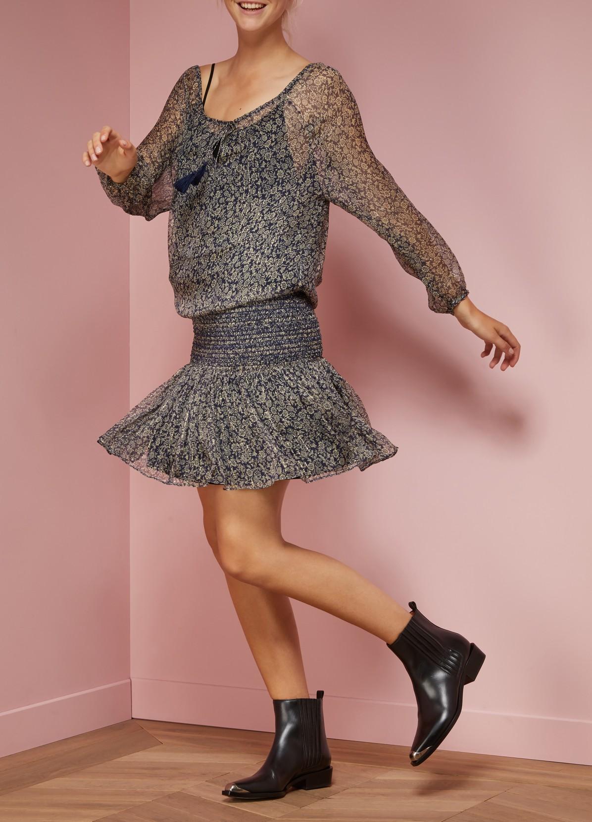 Шелковое платье с резинкой