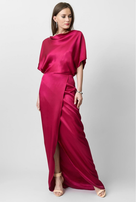 Шелковое платье розового цвета