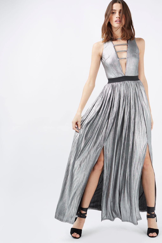 Платье с двумя разрезами серебряное