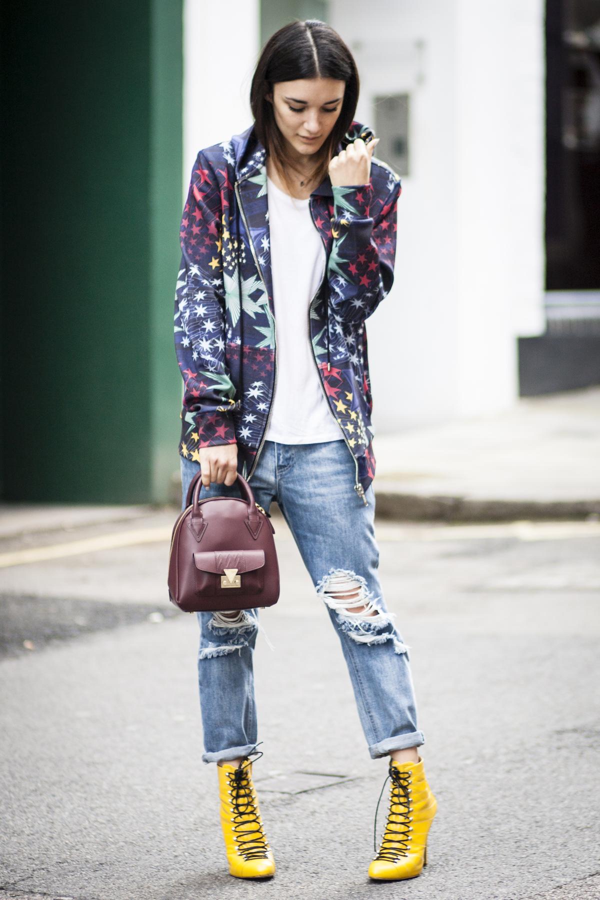 Бордовая сумка стильная