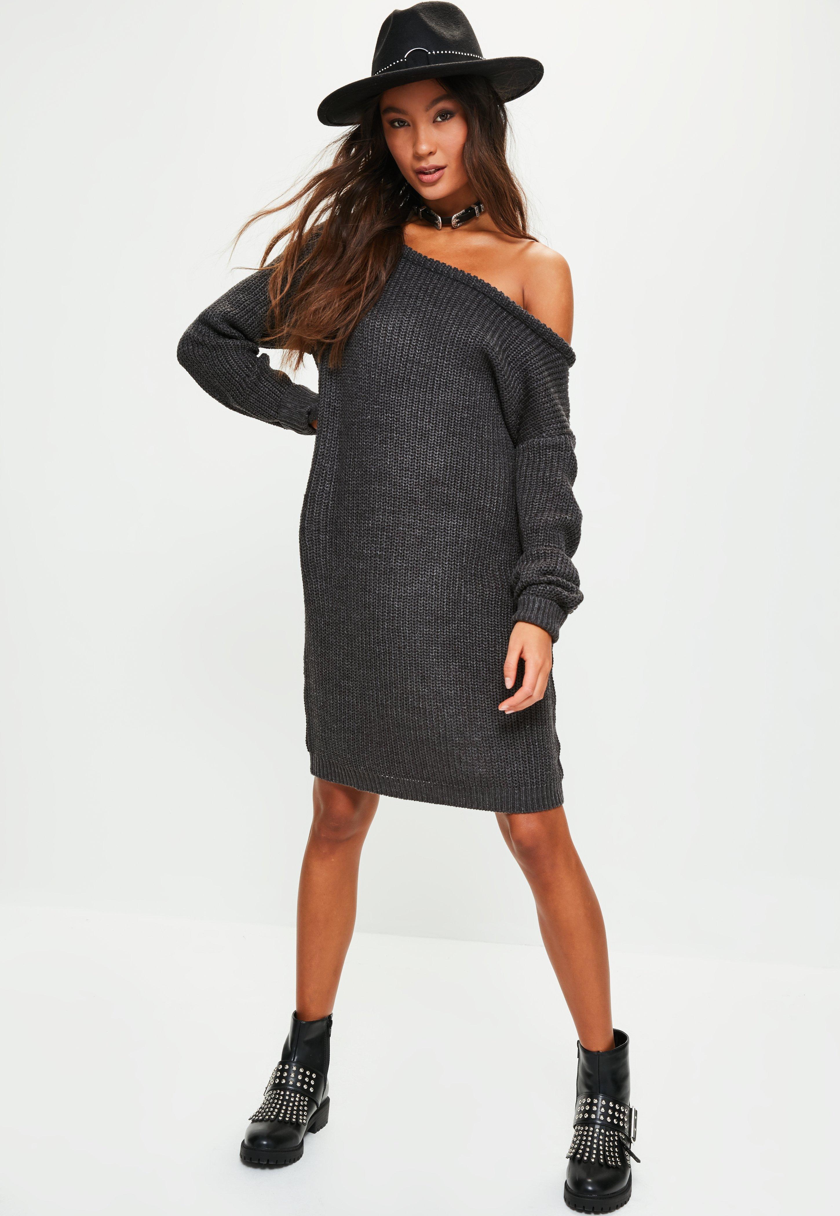 Платье вязаное темное