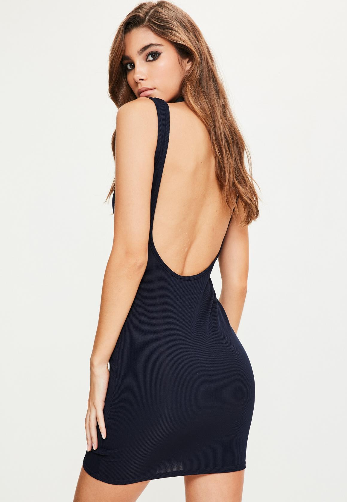 Платье с открытой спиной трикотажное