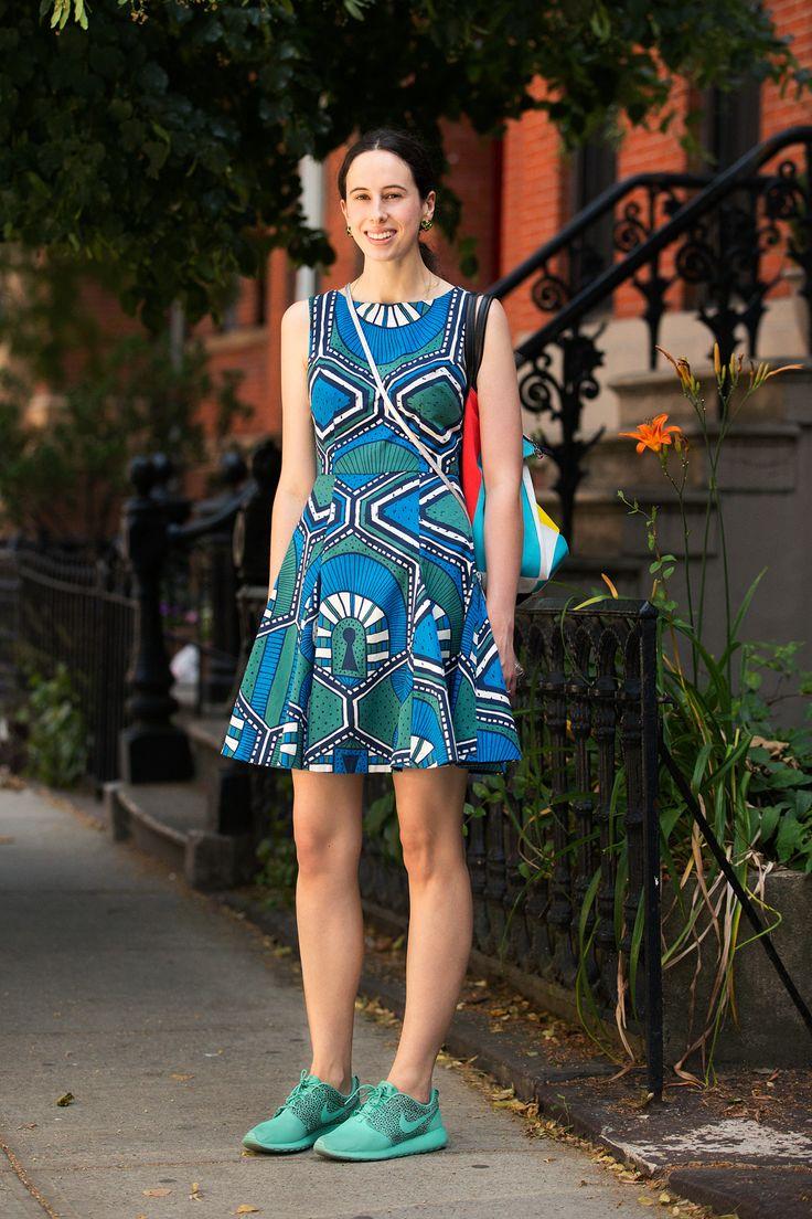 Платье футляр с узором
