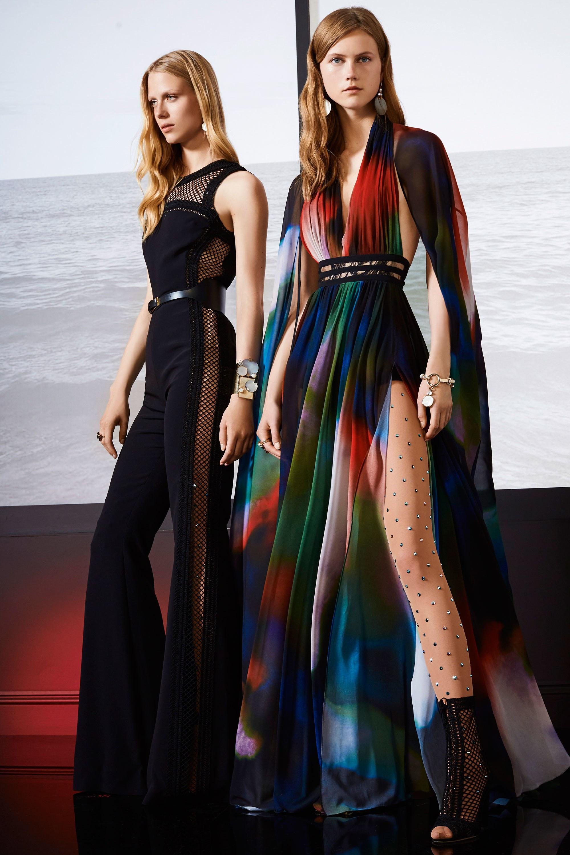 Платье с разрезом летнее