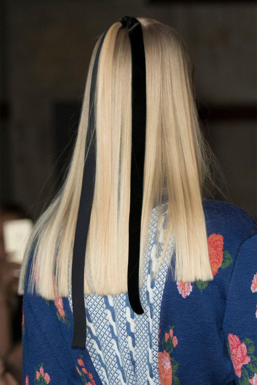 Длинная стрижка 2018 с прямым срезом на волосах