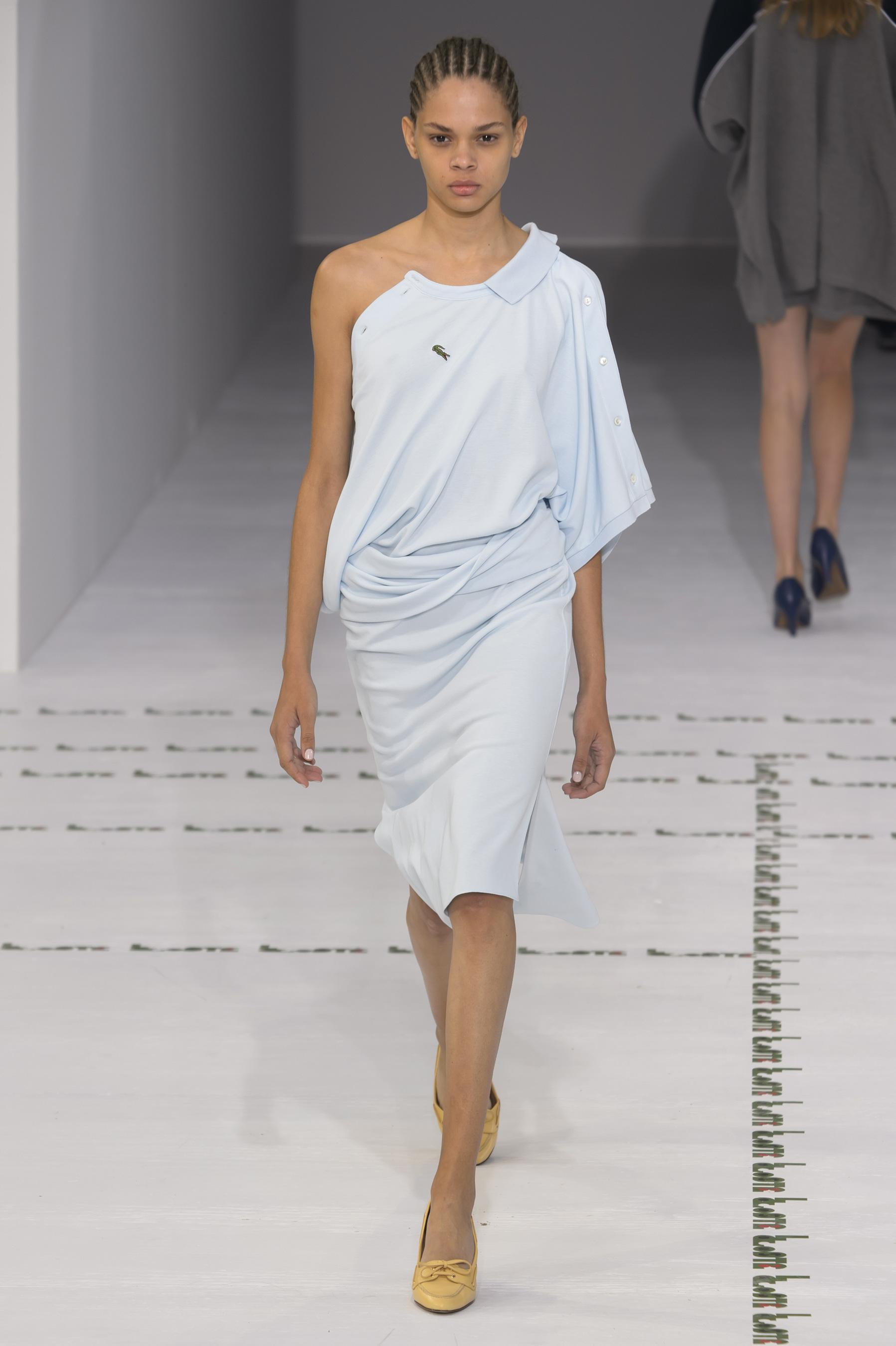 Lacoste весна лето 2018 асимметричное платье