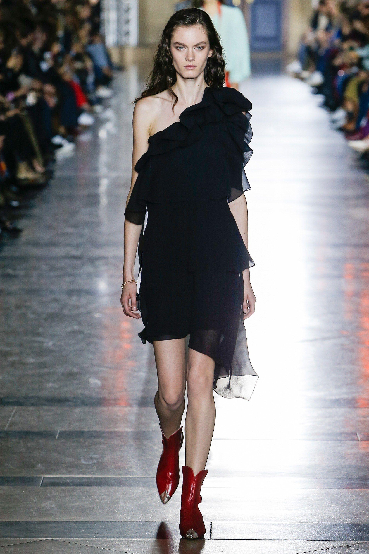 Givenchy весна лето 2018 асимметричное платье