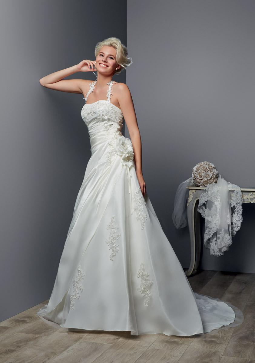 Свадебное платье для полных атласное