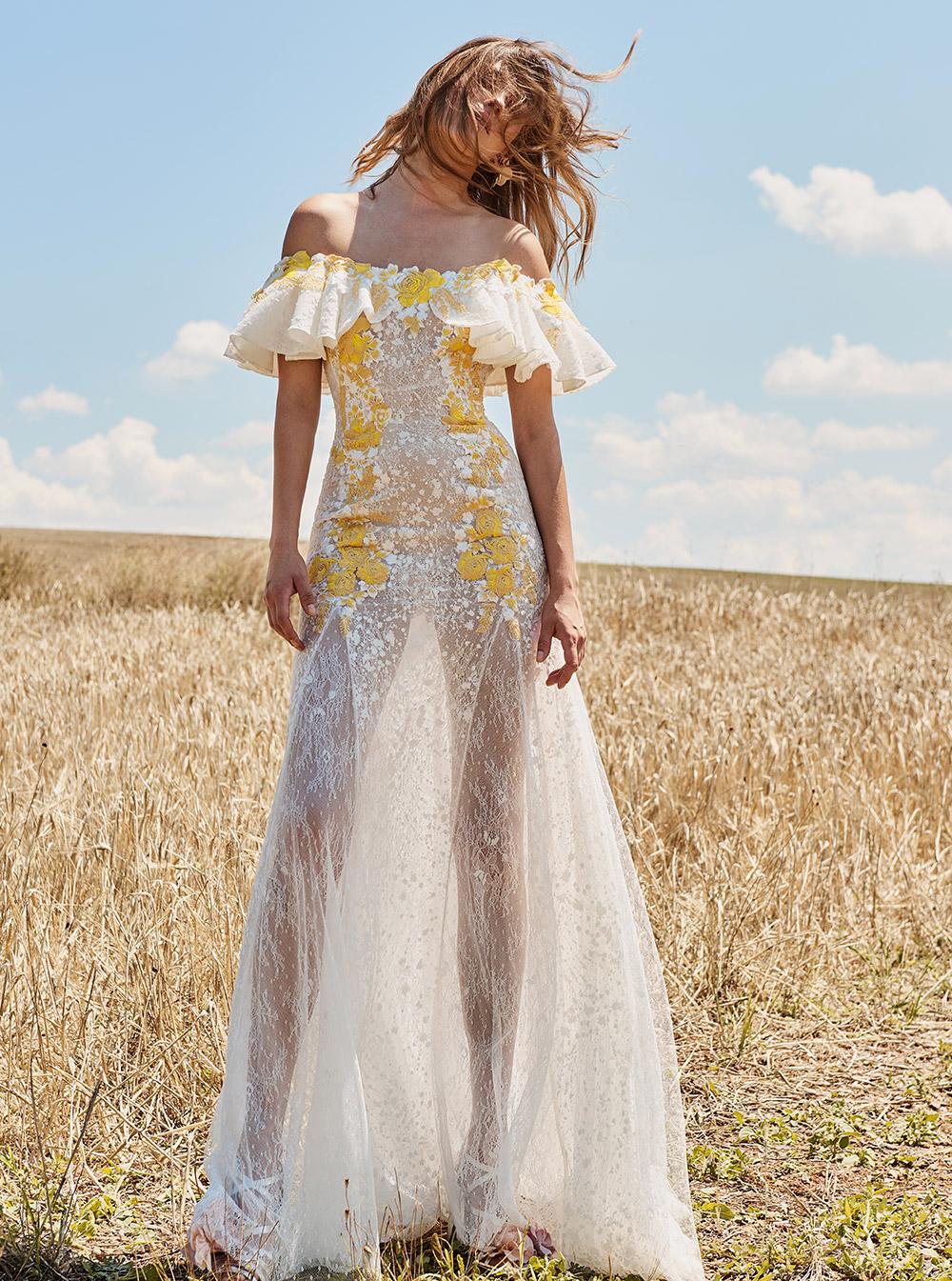 Расклешенное платье ажурное