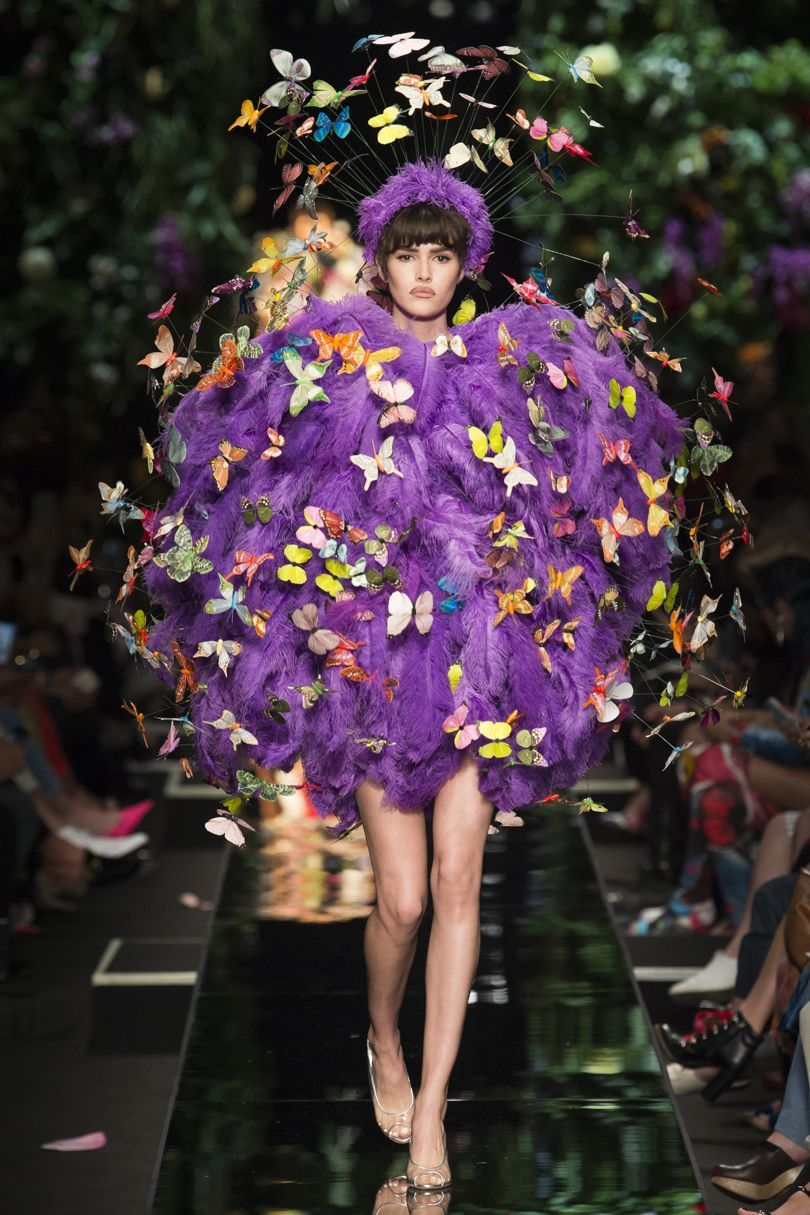 Moschino весна лето 2018 платье с бабочками