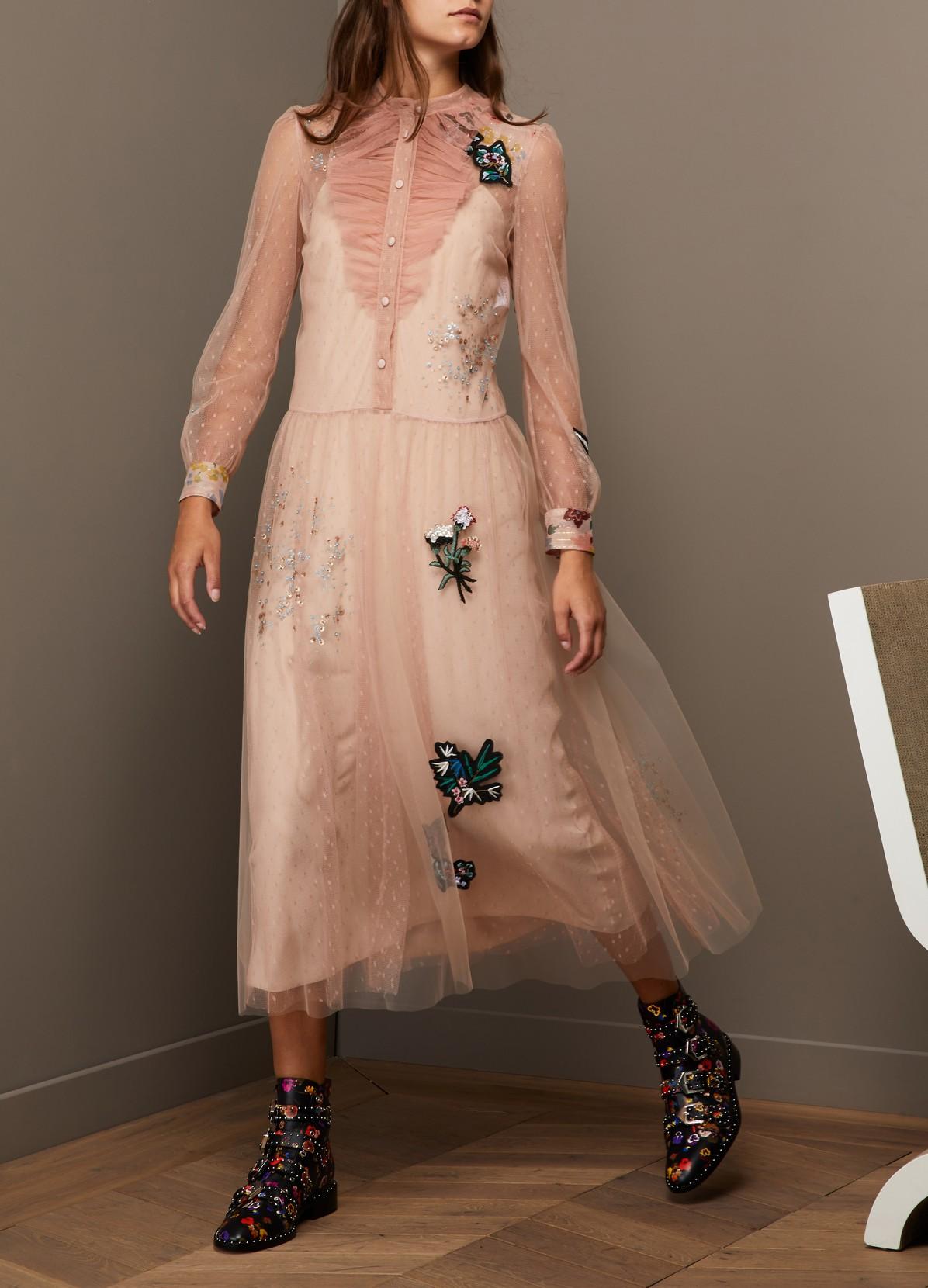 Платье с фатином бежевое