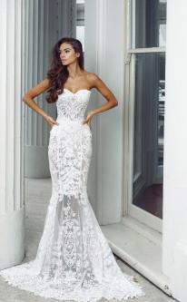 1be86a15841 Кружевные свадебные платья 2019 года  основные тенденции ажурной моды