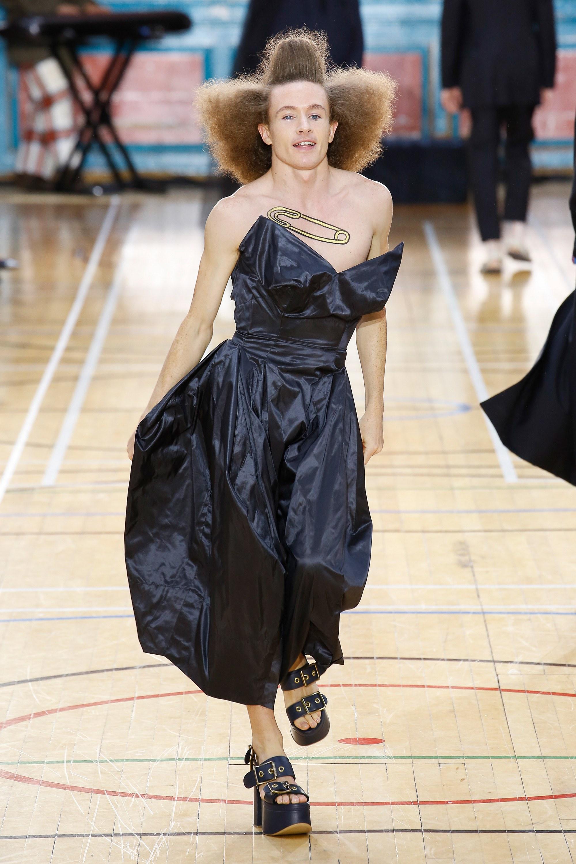 Vivienne Westwood весна лето 2018 черные туфли