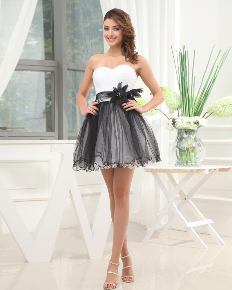 Платье с фатином черно-белое