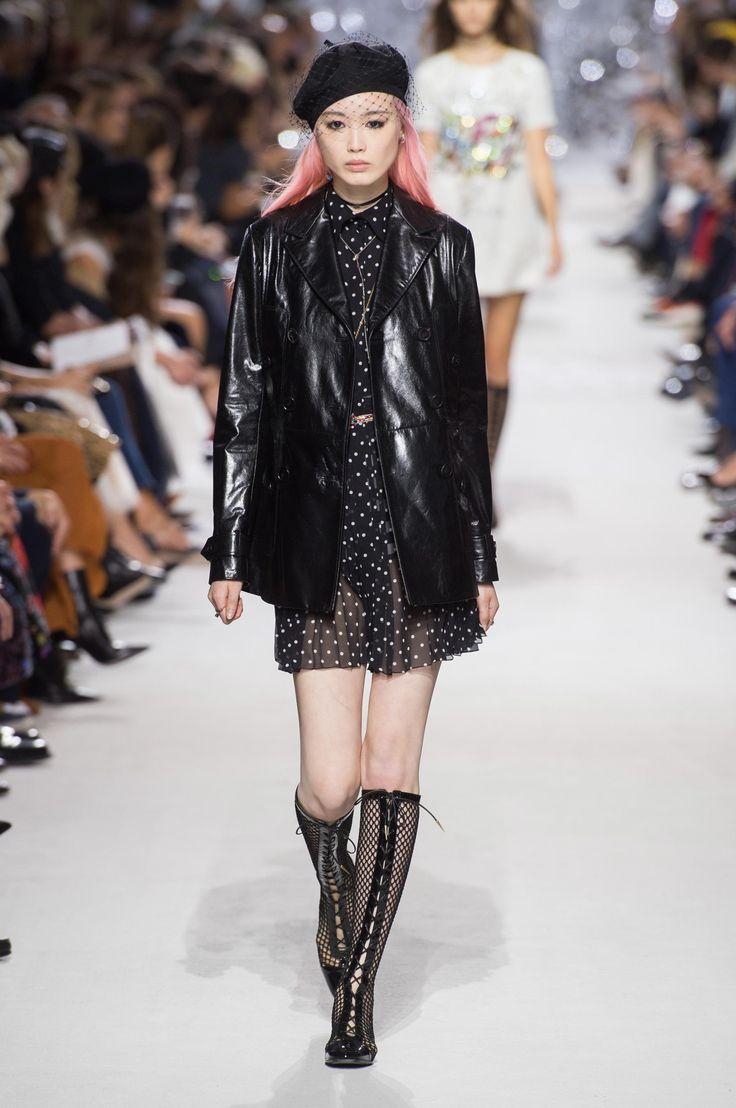 Christian Dior весна лето 2018 сапоги чулки