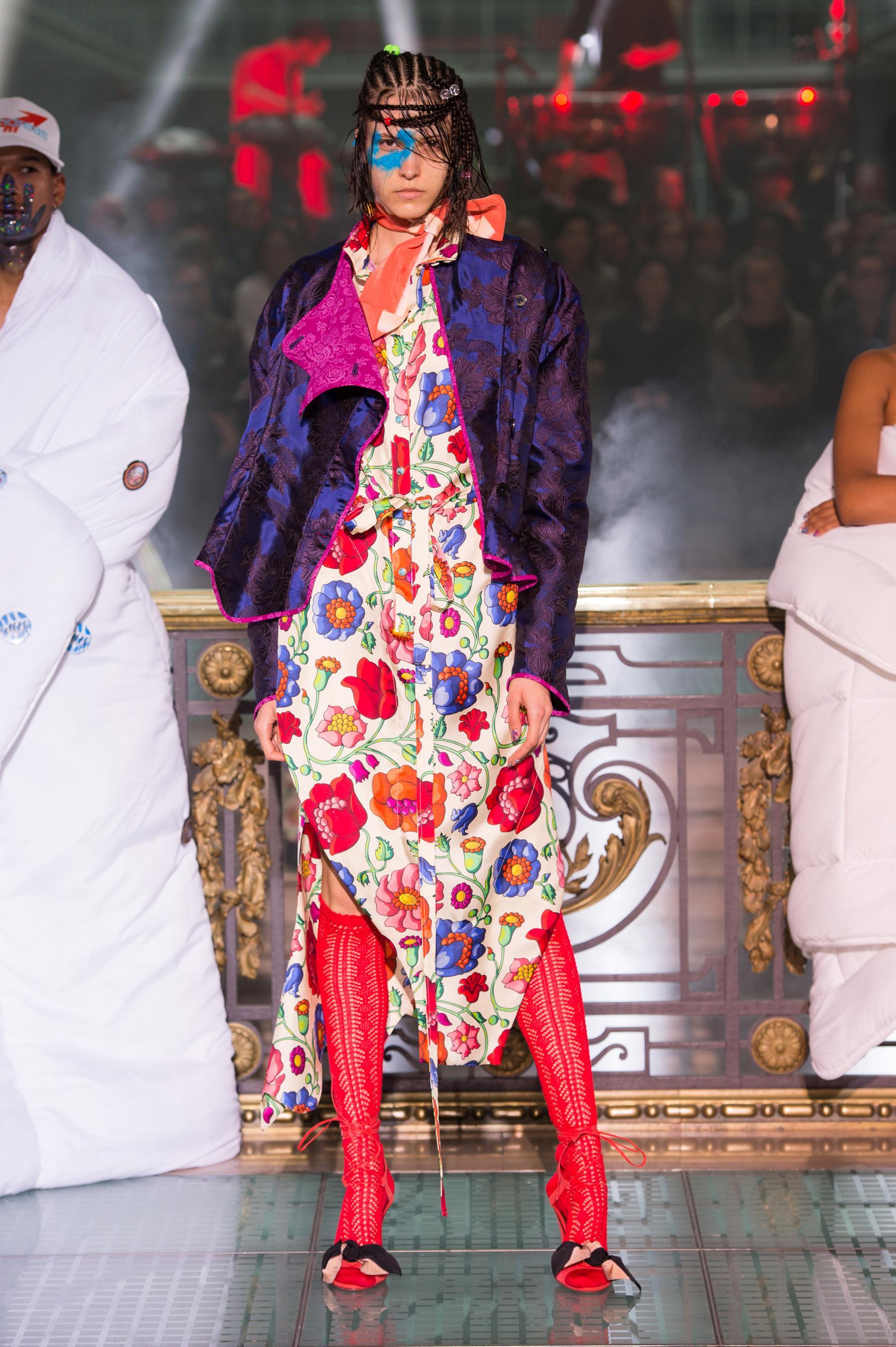 Vivienne Westwood весна лето 2018 цветочное платье