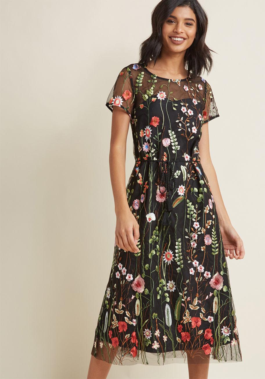 Платье миди цветочное
