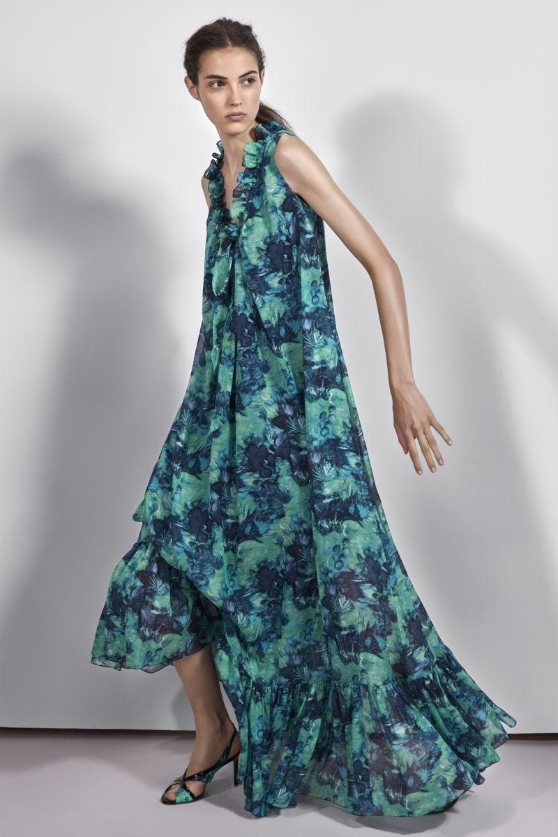 Платье трапеция с цветочным принтом