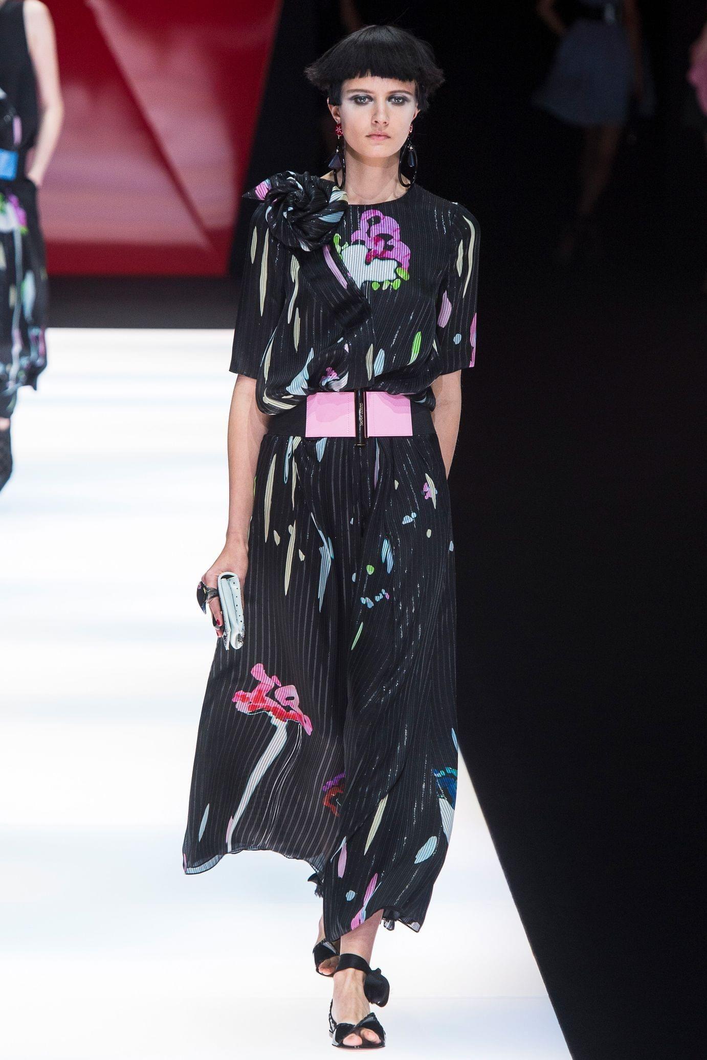 Giorgio Armani весна лето 2018 длинное платье